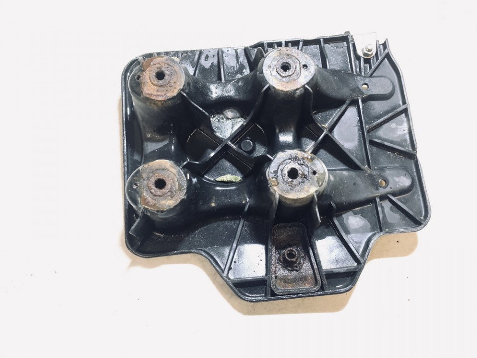 Battery Boxes - Trays Audi A3 1997    1.9 used
