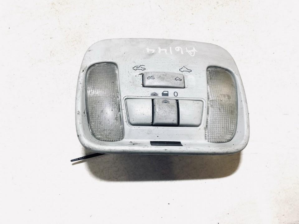 Front Interior Light Volvo V40 1999    1.9 30813531