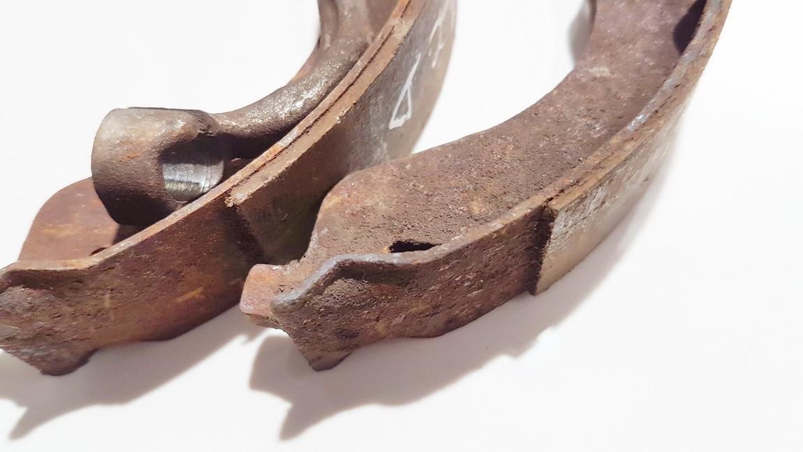 Brake Shoe Set, parking brake Mitsubishi Outlander 2008    2.0 akl610ff