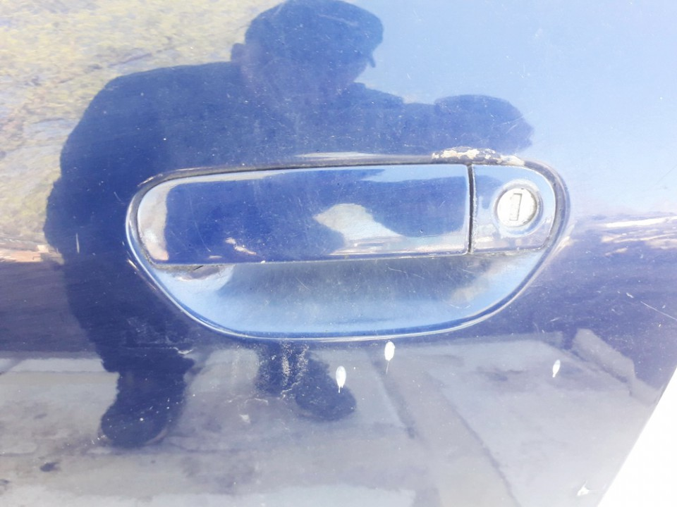 Audi  A3 Duru isorine rankenele P.K.