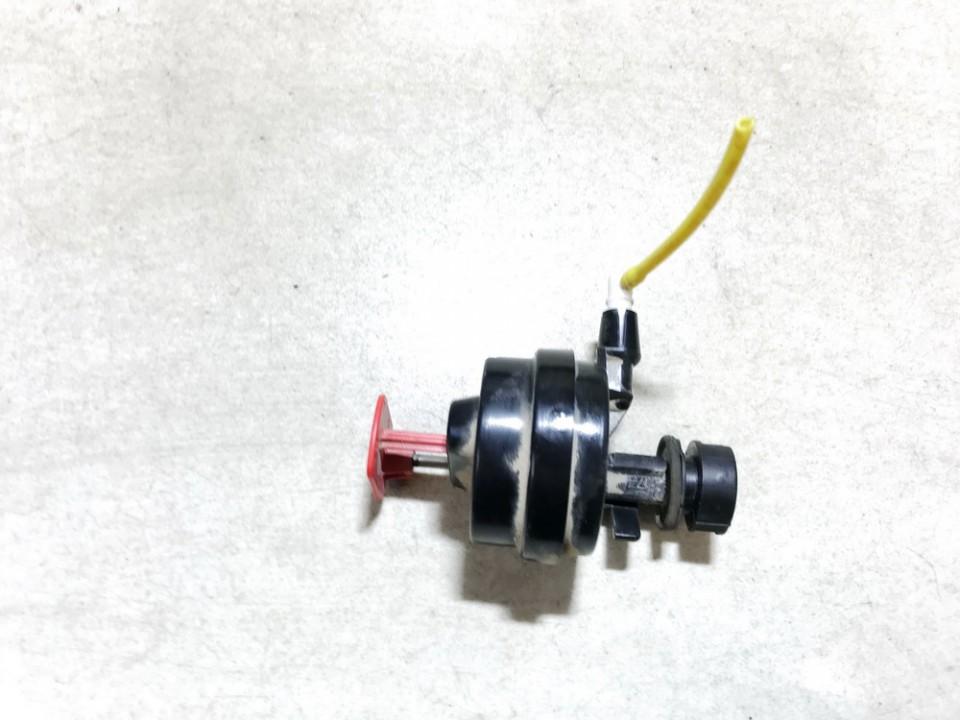 Duru uzrakto vakuumine pompele Mercedes-Benz A-CLASS 1999    1.7 400181a