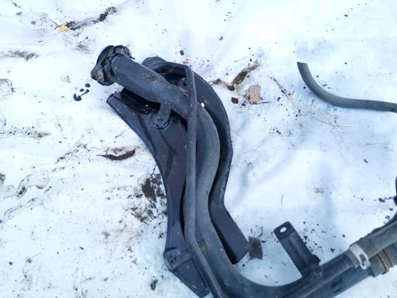 fuel filler neck Suzuki Alto 2011    1.0 8931168k00