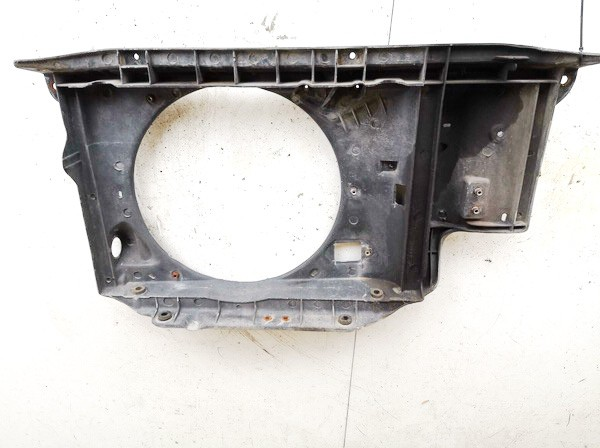 Of Fan Housing Peugeot 206 2002    1.4 used