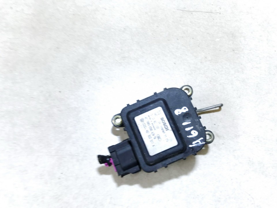 Heater Vent Flap Control Actuator Motor Audi A6 1997    1.8 0132801127