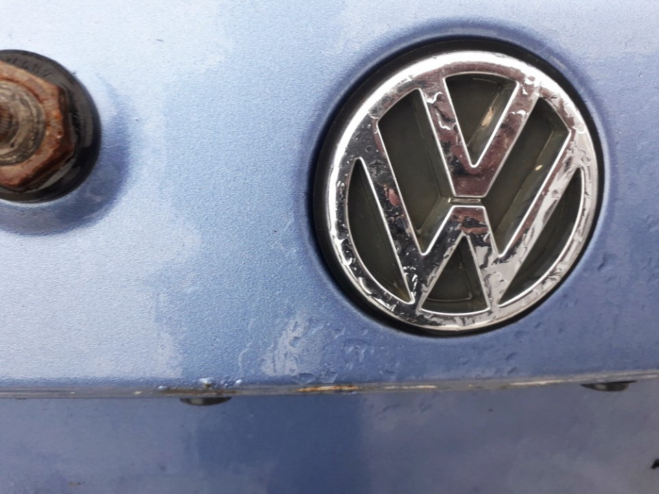 Galinis zenkliukas (Emblema) Volkswagen Golf 1994    1.8 USED