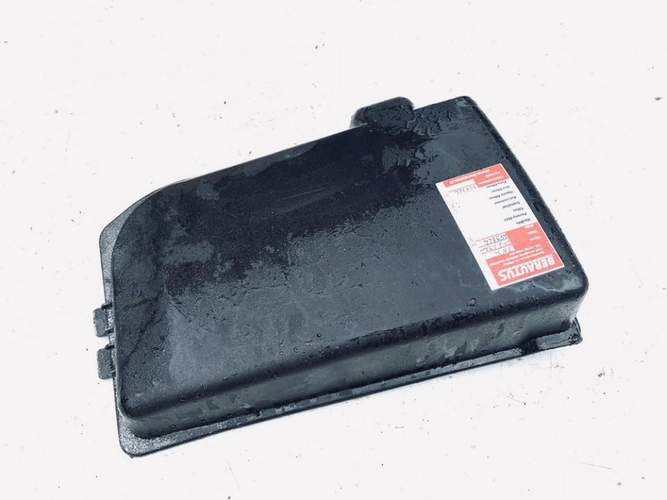 Baterijos - akumuliatoriaus dangtelis Seat Ibiza 2004    1.9 6q0915429b