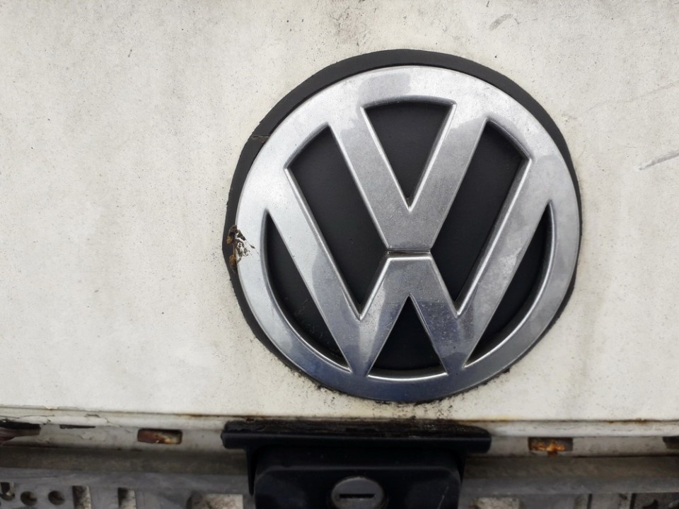 Galinis zenkliukas (Emblema) Volkswagen Polo 1998    1.6 USED