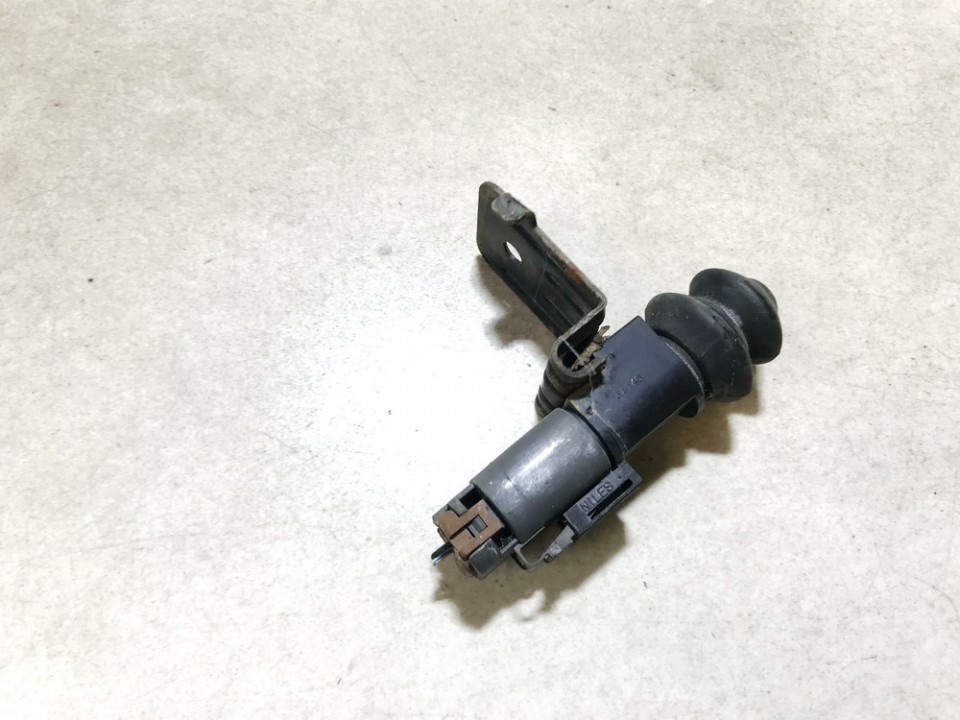 Kapoto atidarymo signalizacijos jutiklis Nissan X-Trail 2004    2.2 used
