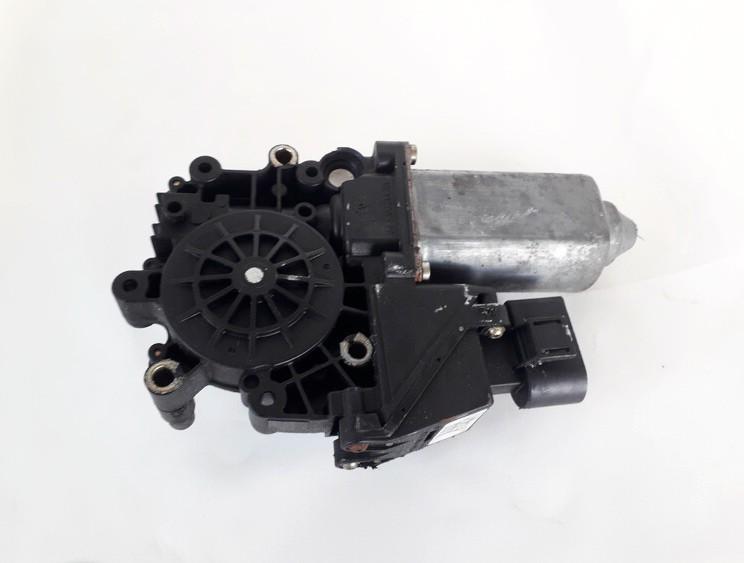 Duru lango pakelejo varikliukas Audi A3 1999    1.6 119024113