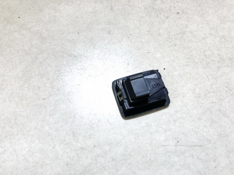 Signalizacijos isjungimo mygtukas Volkswagen Passat 2005    1.9 1t0962109