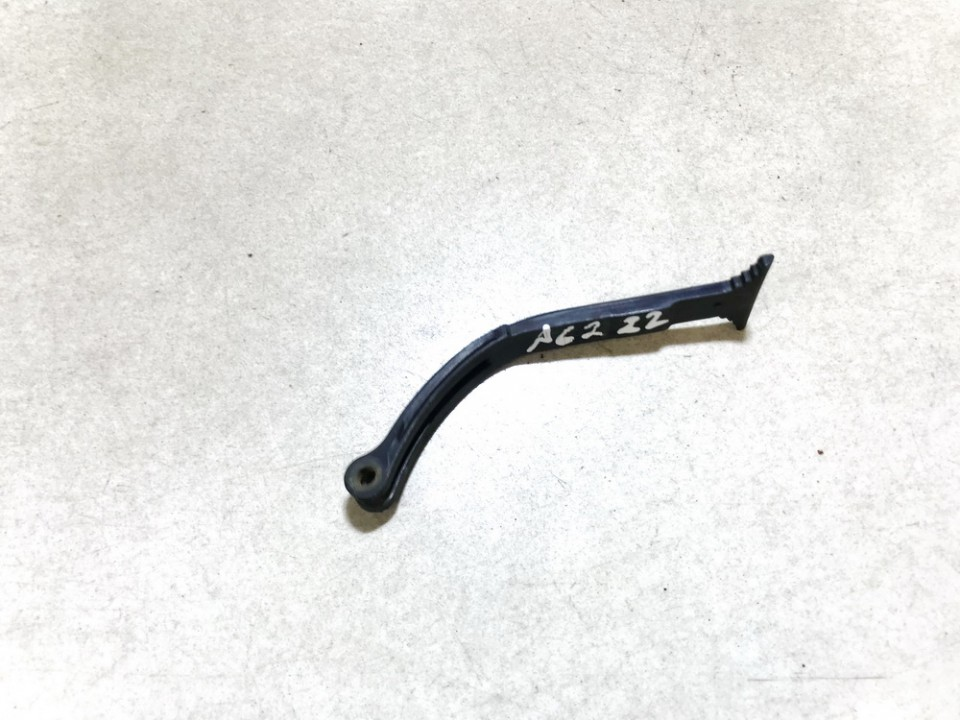 Kapoto atidarymo rankenele Opel Zafira 2004    2.0 90587210