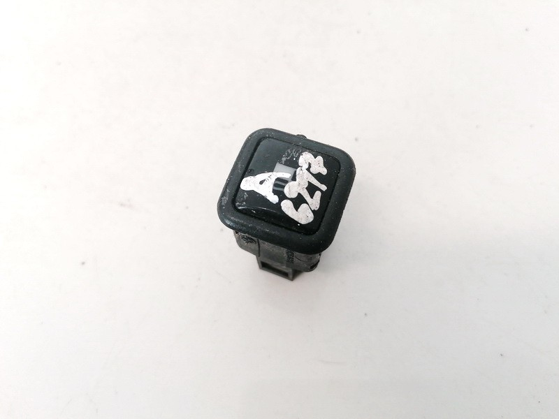 Degalu bako atidarymo mygtukas Volkswagen Passat 1997    1.9 3B0959833