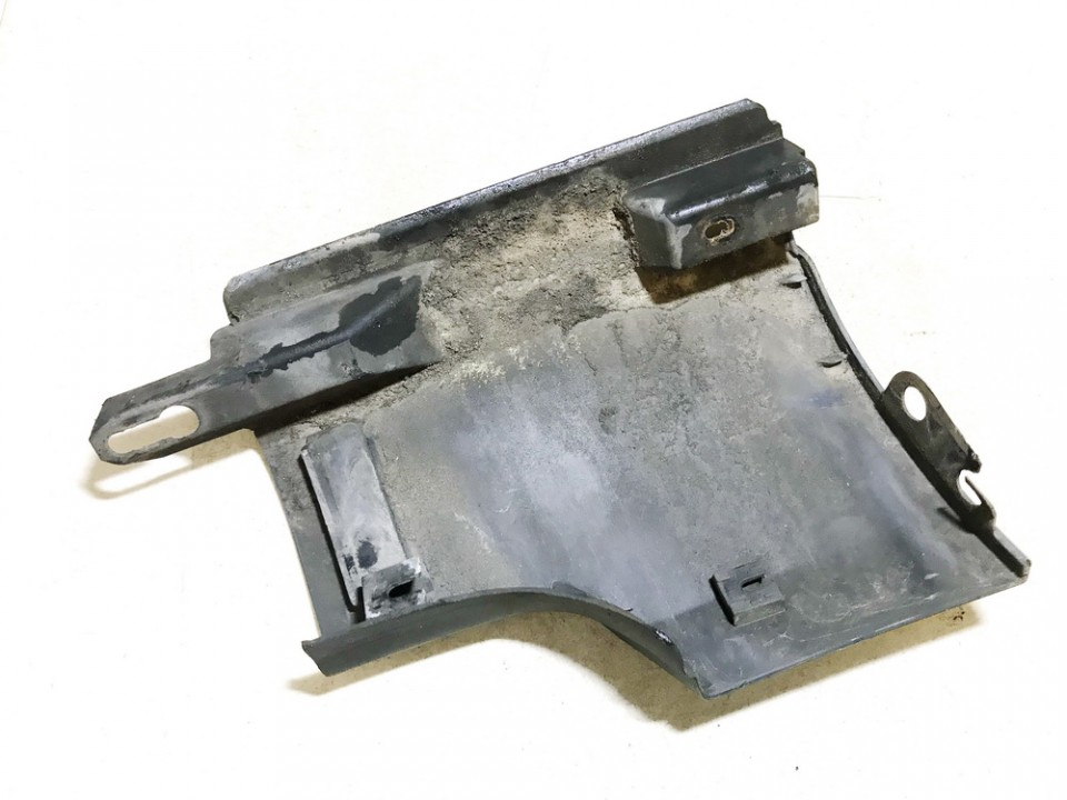 Kairio slenkscio plastmasinis dangtelis Volkswagen Passat 2005    1.9 3c0853897