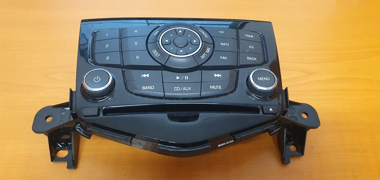 Automagnetolos valdymo konsole Chevrolet Cruze 2010    2.0 94563272