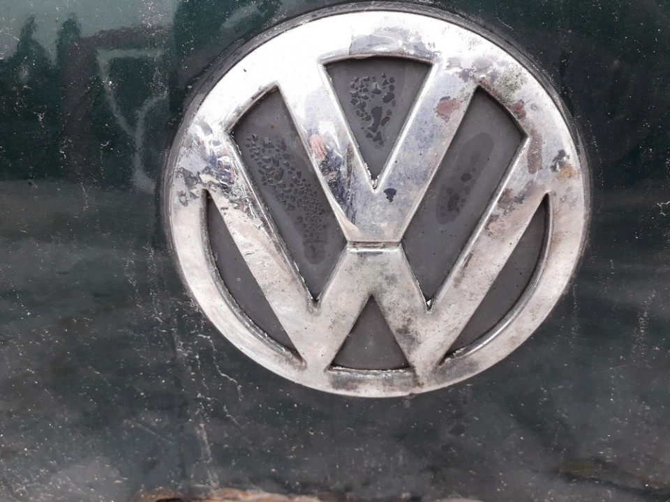 Galinis zenkliukas (Emblema) Volkswagen Golf 1999    1.9 USED
