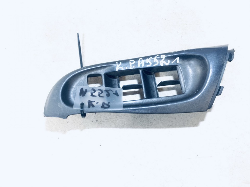 Stiklo valdymo mygtuku apdaila Nissan Almera 2001    2.2 80961