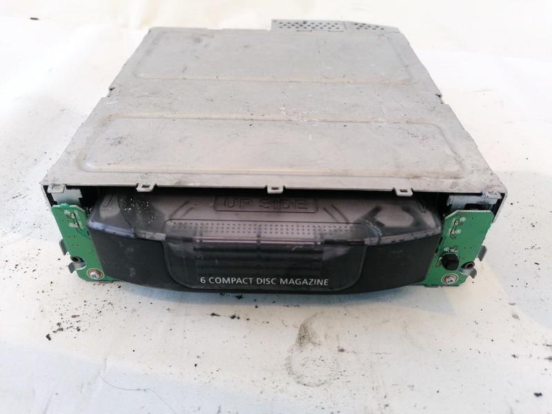 CD changers BMW 5-Series 2005    0.0 65126956939