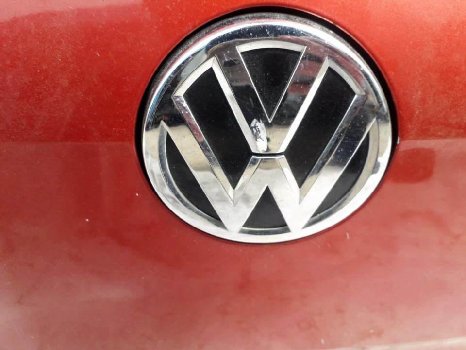 Galinio Dangcio zibintas G.K. (kapoto) Volkswagen Golf 2013    1.2 USED