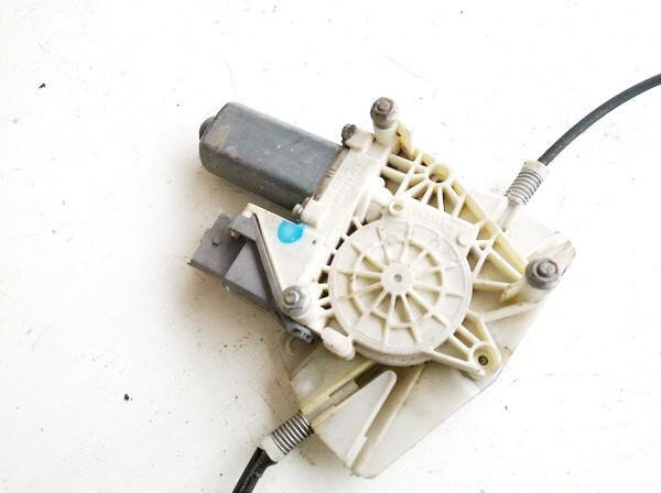 Duru lango pakelejo varikliukas G.D. Peugeot 607 2004    0.0 9632243180
