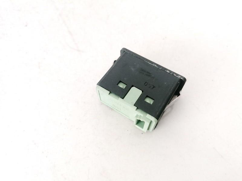 USB-AUX-Ipod jungtys BMW 5-Series 2007    0.0 695115004