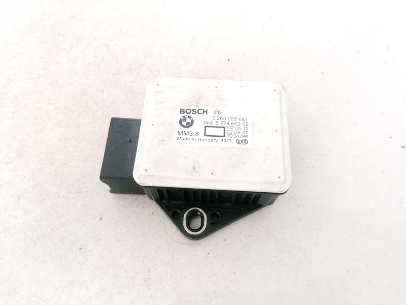 ESP greitejimo sensorius BMW 5-Series 2004    2.0 0265005681