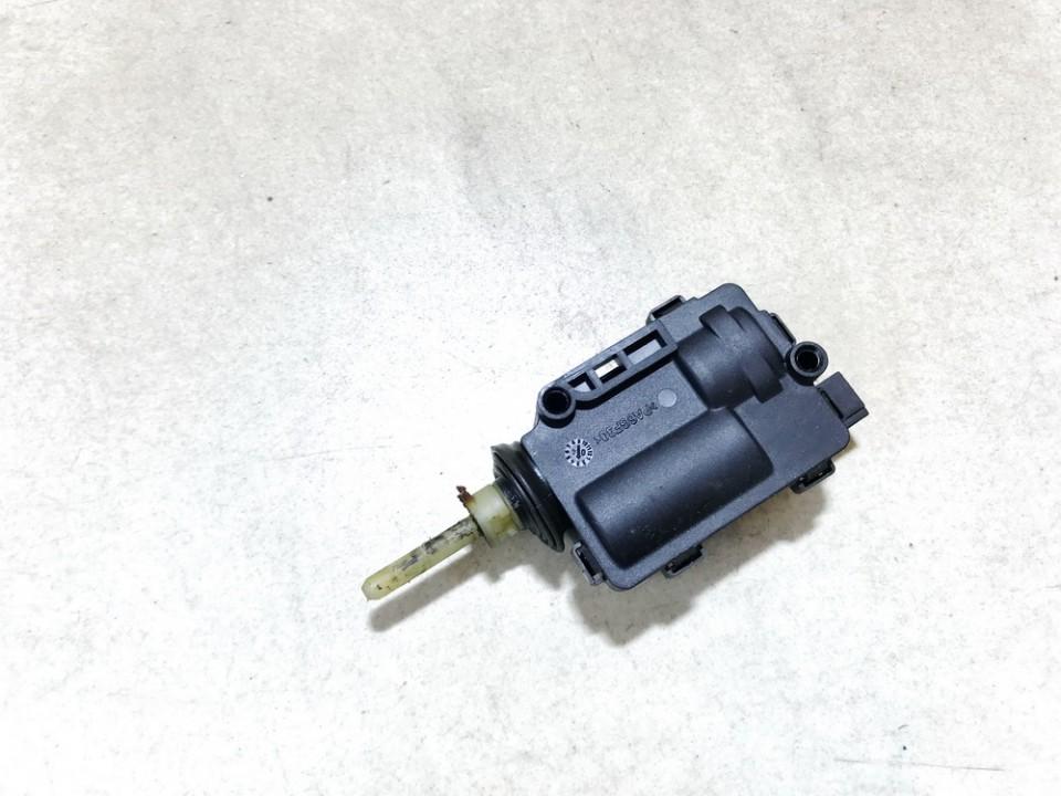 Central locking motor Opel Zafira 2004    2.2 13120789