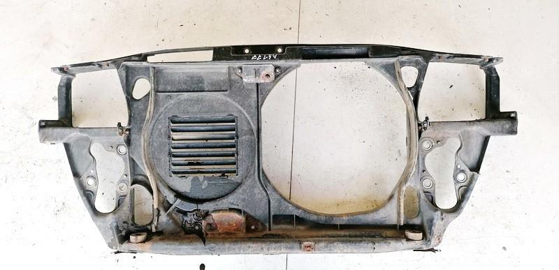 Televizorius (remas) P. Audi A4 1995    1.8 4A0010114S