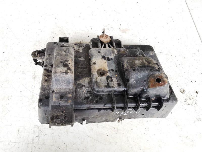 Baterijos - akumuliatoriaus dangtelis Opel Astra 2000    2.0 09132098
