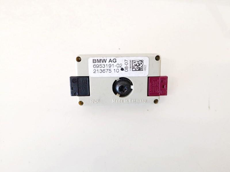 Antenos blokelis BMW 5-Series 2005    0.0 695319102
