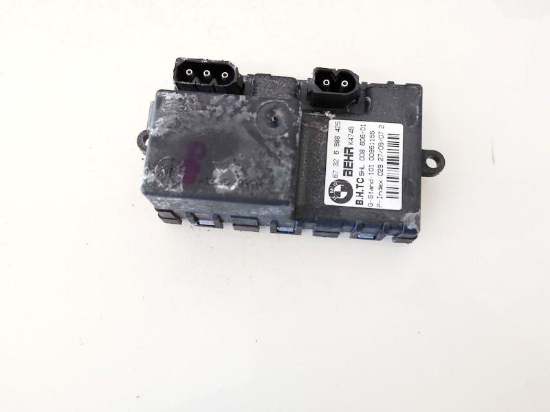 Peciuko reostatas (ezys) (ventiliatoriaus rele) BMW 5-Series 2004    1.8 67326988452