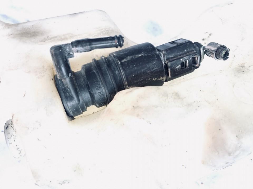 Langu apiplovimo varikliukas Volkswagen Bora 1999    1.9 used
