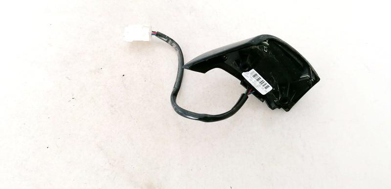 Papildomi vairo mygtukai Mazda 3 2004    1.6 03744140
