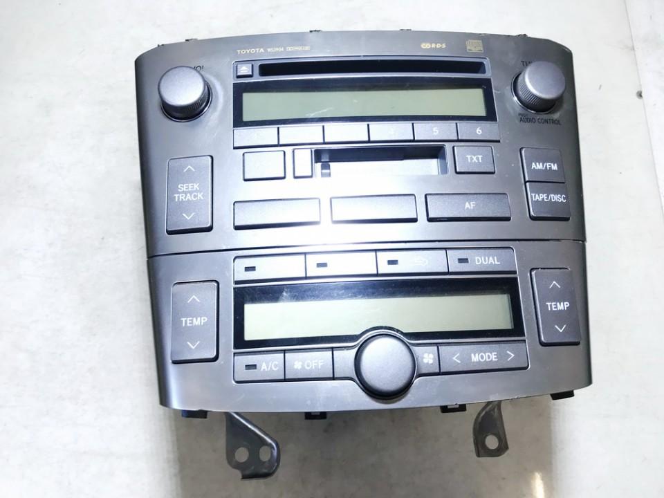 Peciuko valdymas ir automagnetola Toyota Avensis 2006    1.6 8612005081