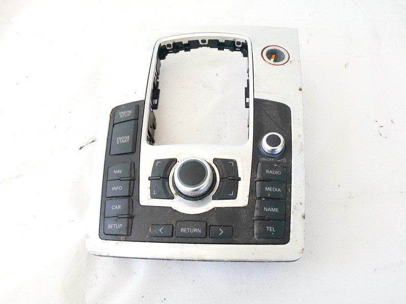 Automagnetolos valdymo konsole Audi Q7 2007    3.0 used