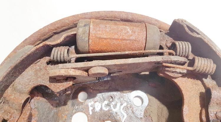 Rankinio stabdzio mechanizmas Ford Focus 2003    1.8 used