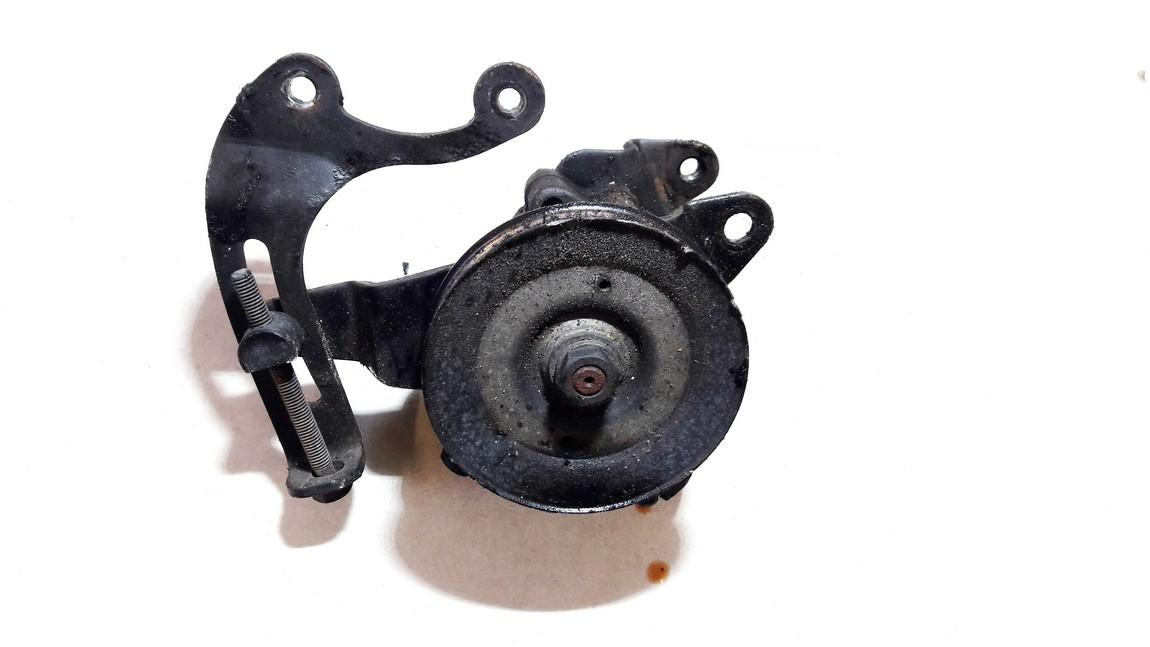 Vairo stiprintuvo siurblys Nissan Primera 1995    2.0 used