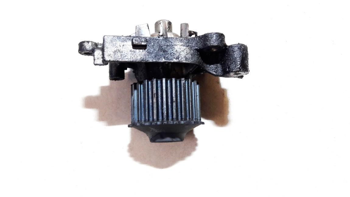 Vandens pompa (siurblys) Mitsubishi Carisma 1998    1.8 used