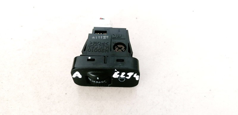 Zibintu aukscio reguliatoriaus mygtukas Honda Jazz 2005    1.4 M20010