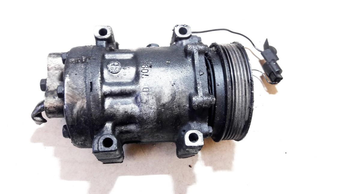 AC AIR Compressor Pump Renault Megane 1997    1.9 7700872158