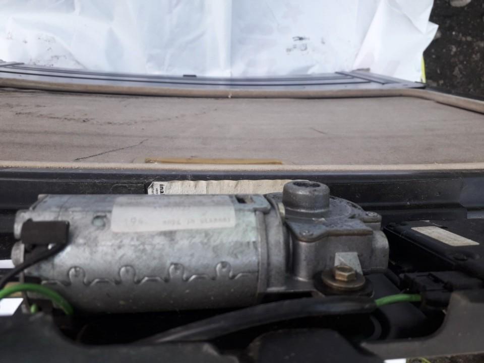 Liuko varikliukas Volvo 850 1996    2.4 44048322