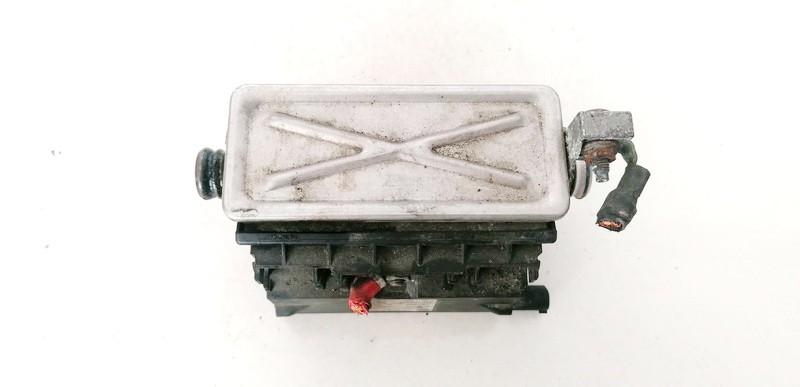 Ausinimo skyscio pasildytojas (Vandens sildytuvas) BMW 3-Series 2001    3.0 64126918806