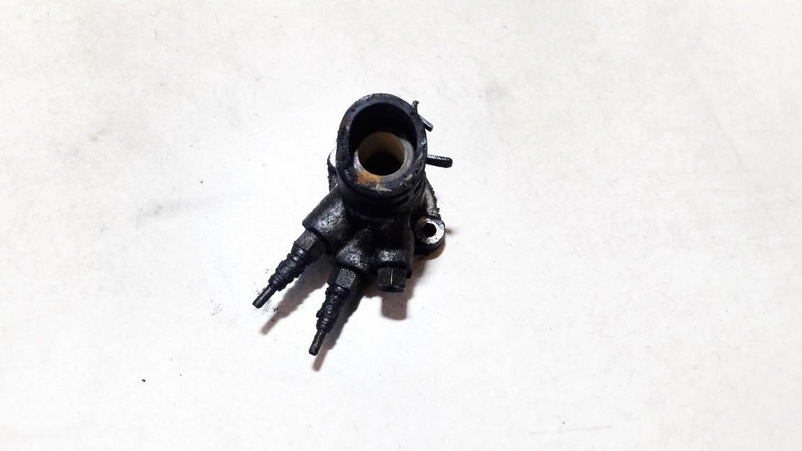 Ausinimo skyscio pasildytojas (Vandens sildytuvas) Volkswagen Passat 1994    1.9 028121145b