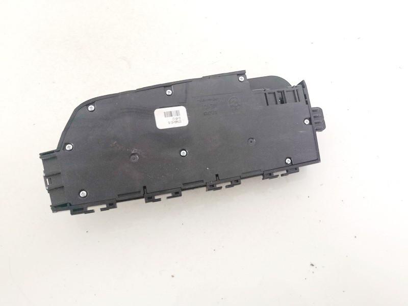 Sedynes kontroles mygtukas BMW 3-Series 2011    0.0 927661603