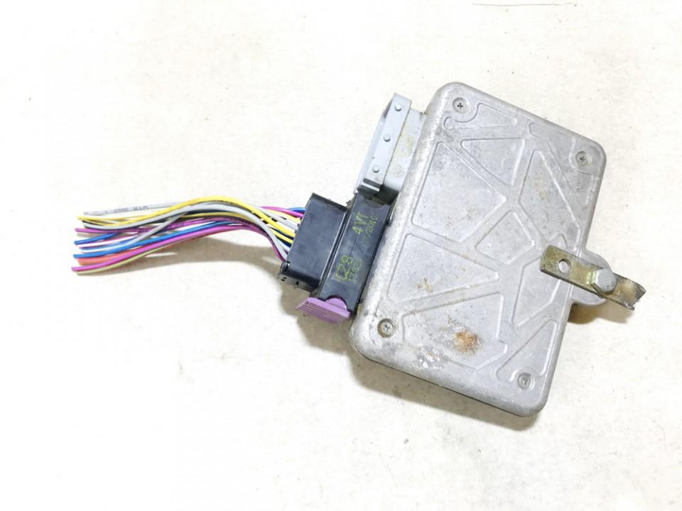 Duju kompiuteris Toyota RAV-4 2002    2.0 diegog3