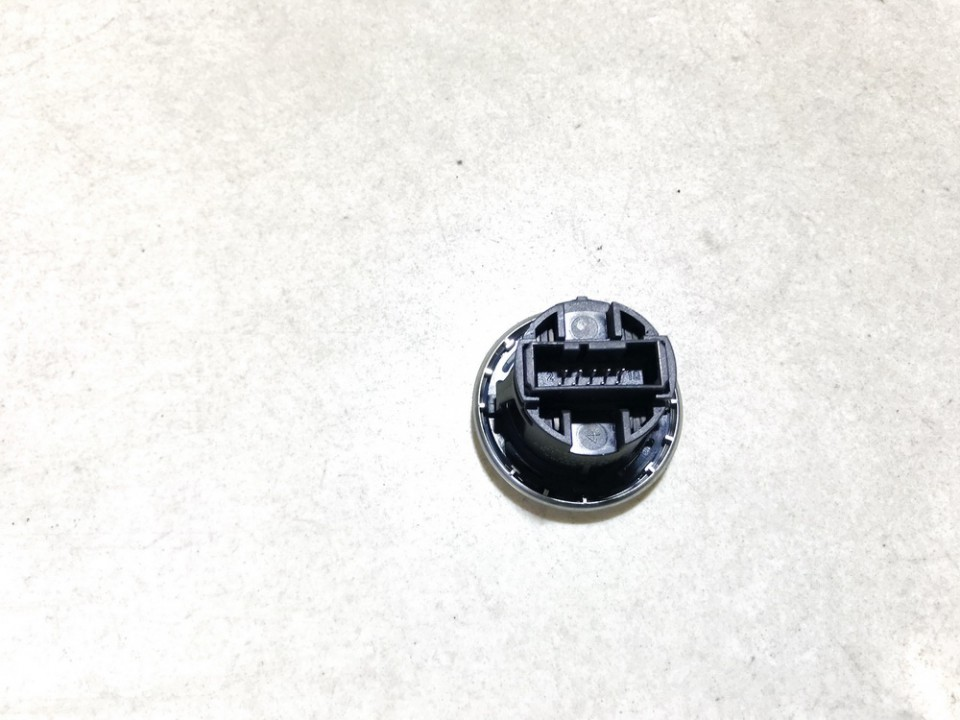 Variklio uzvedimo mygtukas BMW 1-Series 2006    2.0 694949907