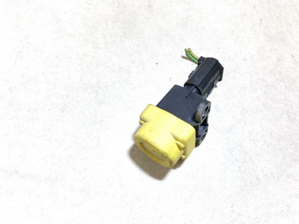 Inertia fuel cut off switch (FUEL CUT OFF SWITCH) Ford Fiesta 2006    1.3 2s6t9341bb