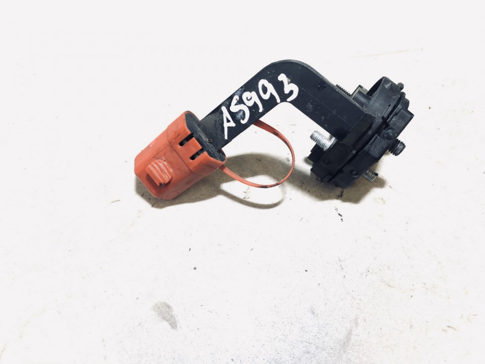battery terminal BMW 1-Series 2006    2.0 61146925713