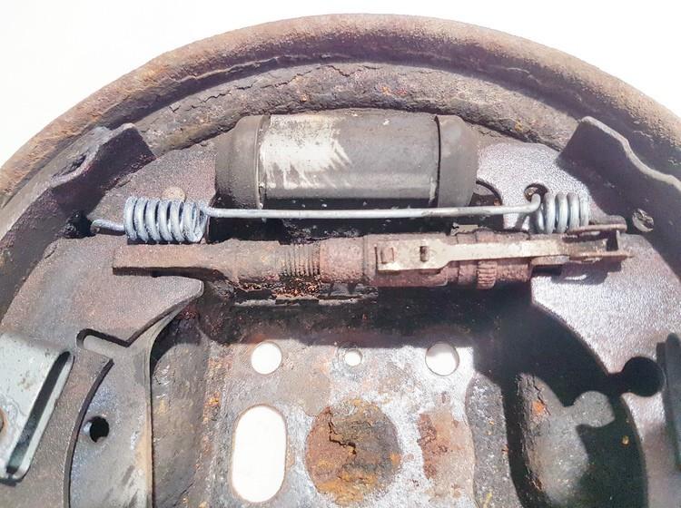 Rankinio stabdzio mechanizmas Ford Fiesta 2006    1.3 used