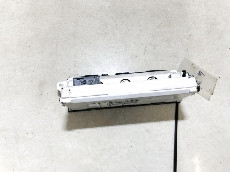 Ekranelis Citroen C3 2004    1.4 9647409477