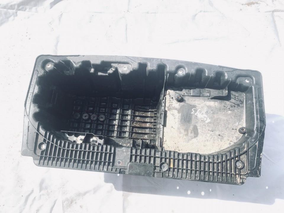 Baterijos - akumuliatoriaus deze BMW 1-Series 2006    2.0 51717120019